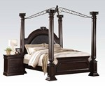 King Bed w/Canopy