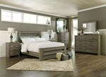2pc Bedroom Set w/King Poster Bed