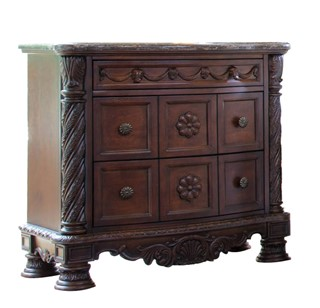 North Shore Traditional Dark Brown Wood Night Stand
