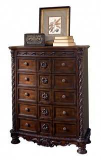 North Shore Traditional Dark Brown Wood Drawer Chest