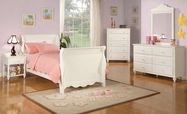 Traditional White 2pc Bedroom Set W/Twin Bed CST-400360T-SET