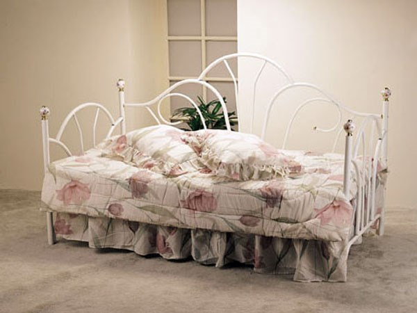 Wei White Metal Day Bed w/Porcelain Knobs with Twin Size Metal Frame ACM-02076W-02410