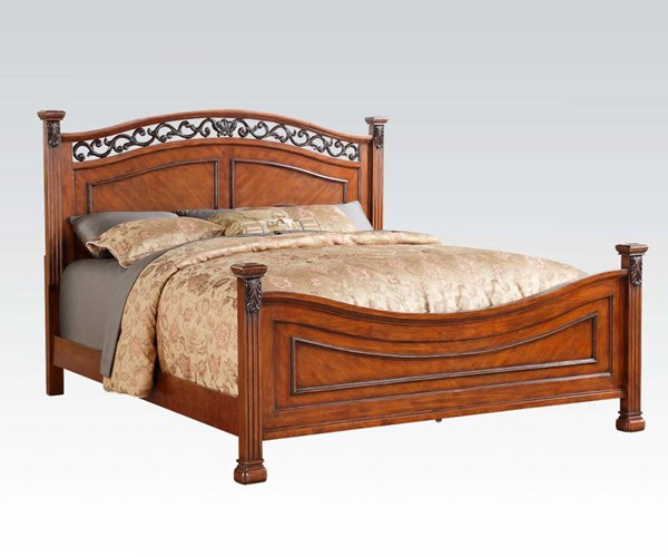 Manfred Traditional Dark Walnut Wood Queen Bed ACM-22770Q