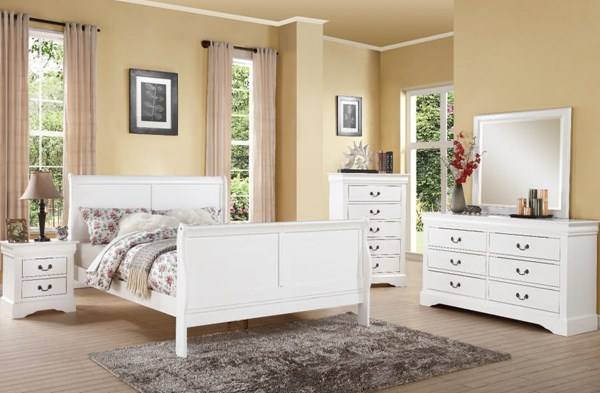 Louis Philippe III Casual White Wood 2pc Bedroom Set W/King Bed ACM-24494-BR-S2