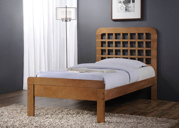 Lyford Oak Wood Beds w/Low Profile Footboard ACM-253-BED-VAR