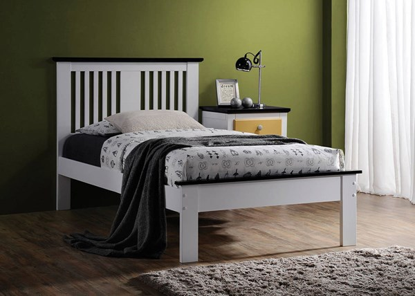 Brooklet White Black Wood Master Bedroom Set ACM-2545-BR