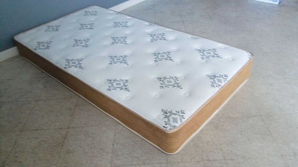 Acme Furniture Dinka Queen Mattress ACM-29282