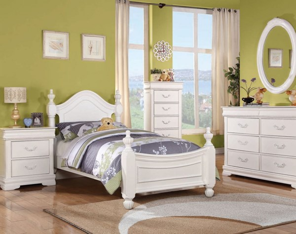 Acme Furniture Classique White Master Bedroom Set ACM-30120-BD