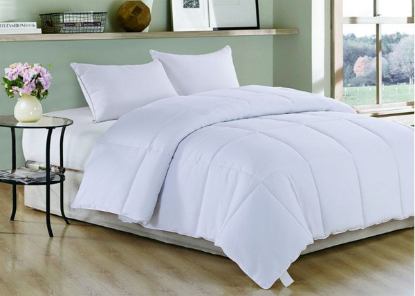 AC Pacific Comfort White Polyester Medium Warmth Down Twin Comforter ACP-COMFORT-T