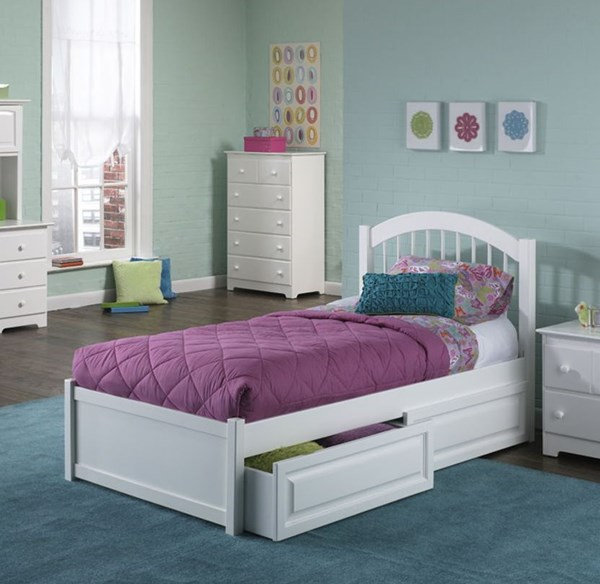 Windsor Cottage White Solid Wood Twin Bed w/Matching Foot Board AP9426132