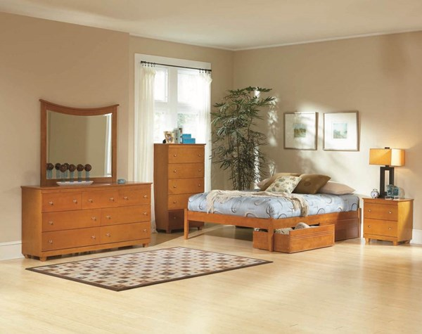 Concord Traditional Caramel Latte Queen Bed w/Flat Panel Footboard AP8142117