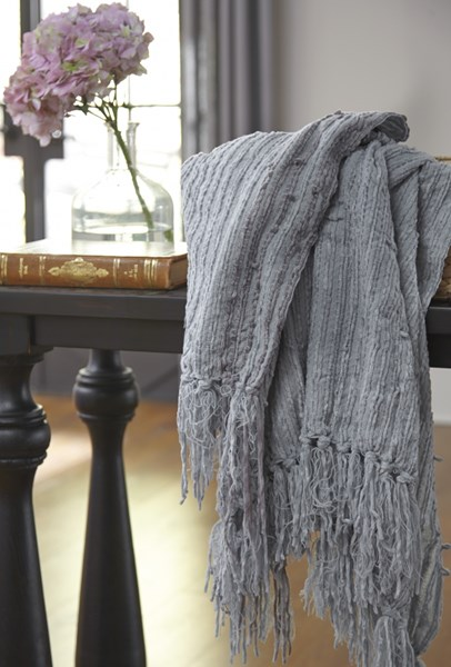 Noland Traditional Classics Sage Striped Throw A1000086T