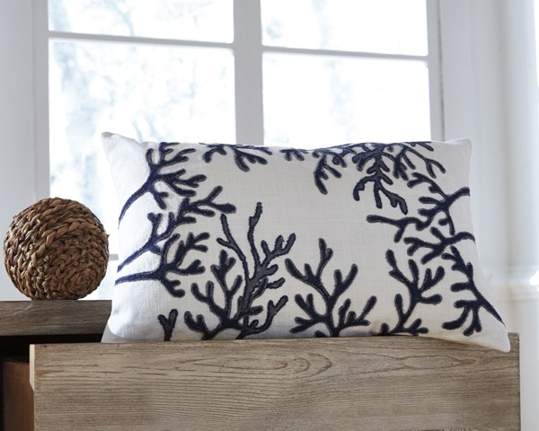 Cankton Transitional Blue Coral Fabric Embroidered Pillows (4/CS) CANKTON-VAR1