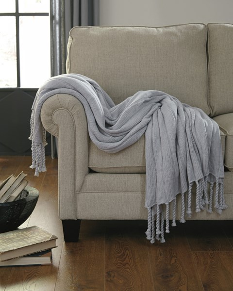 Clarence Vintage Casual Light Gray Throw (3/CS) A1000610