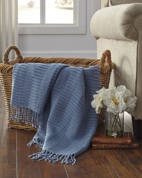 Mendez Vintage Casual Blue Throw A1000617T