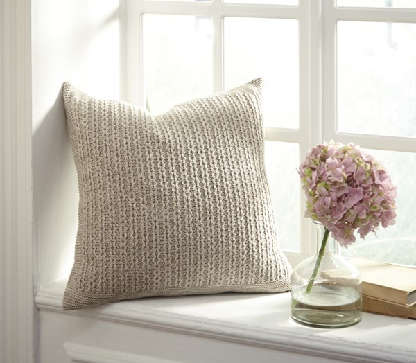 4 Wilsonburg Transitional Natural Fabric Pillow Covers A1000641