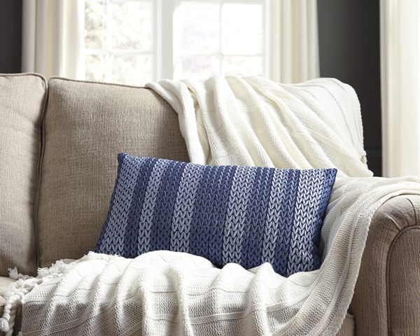 4 Shumpert Transitional Blue Fabric Embroidered Pillows A1000713