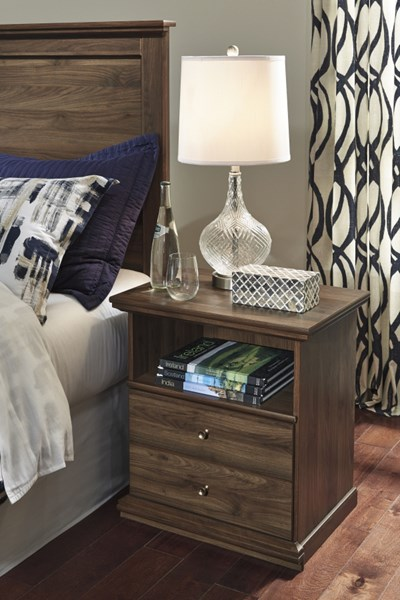 Burminson Casual Brown Wood One Drawer Night Stand B135-91
