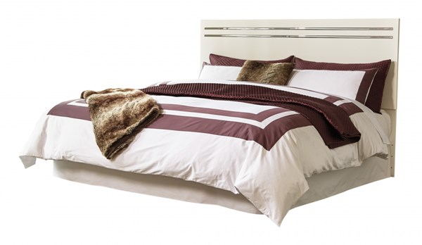 Ashley Furniture Brillaney White King, Brillaney Queen Panel Bed With Lights