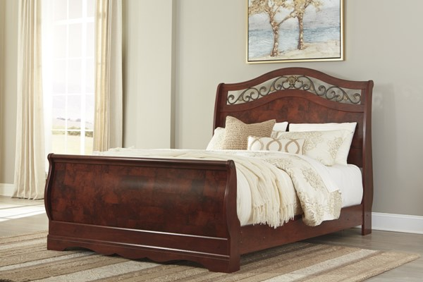 Delianna Traditional Reddish Brown Wood Queen Sleigh Bed B223-QSBED