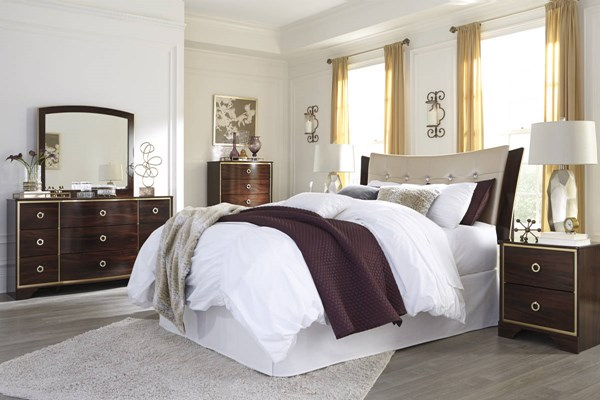 Lenmara Reddish Brown PU Wood 2pc Bedroom Set W/Queen/Full Headboard B247-BR-S3