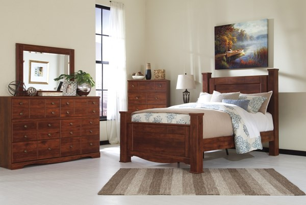 Brittberg Contemporary Reddish Brown Wood Queen Poster Footboard B265-64