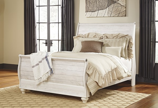 Willowton Casual Whitewash Wood Queen Sleigh Bed B267-QBED