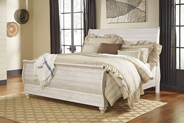 Willowton Casual Whitewash Wood King Sleigh Headboard B267-78