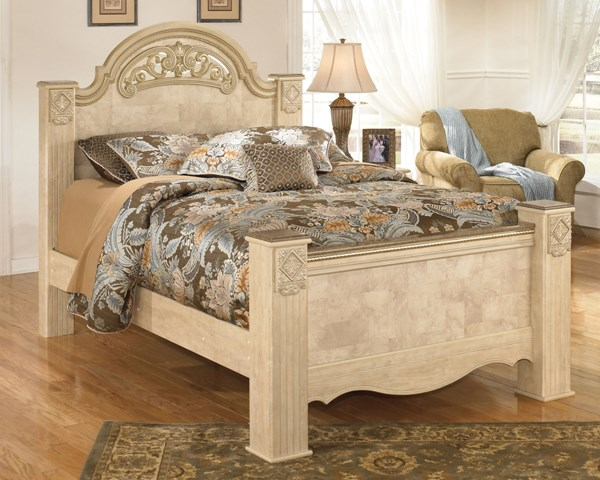 Saveaha Traditional Light Brown Wood Beds B346-BEDS