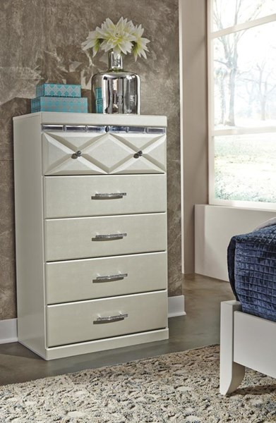 Dreamur Contemporary Champagne Five Drawer Chest B351-46