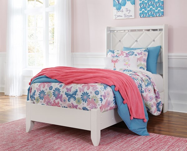 Ashley Furniture Dreamur Panel Beds B351-PBED-VAR