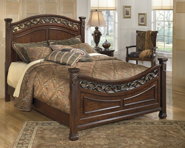 Leahlyn Warm Brown Wood Queen Panel Headboard B526-57