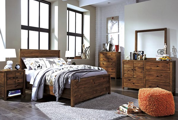 Fennison Contemporary Light Brown Wood Master Bedroom Set B544-BR