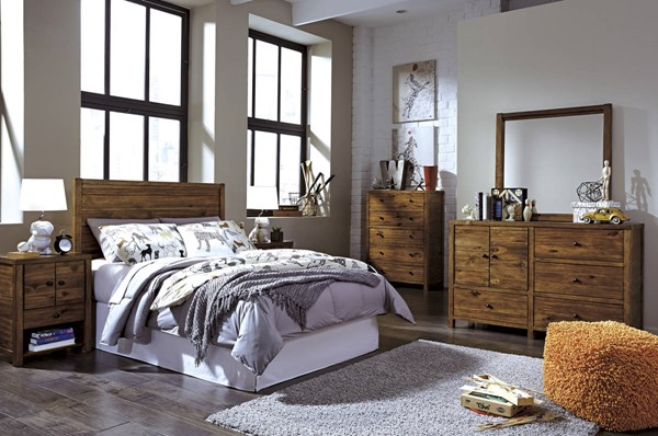 Fennison Contemporary Brown Wood 2pc Bedroom Set W/Full Headboard B544-BR-S2