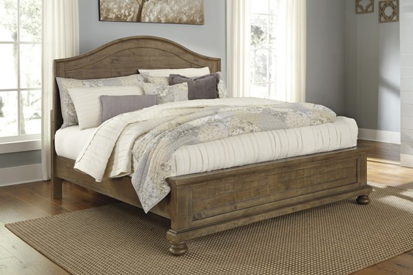 Trishley Casual Light Brown Wood Queen Panel Footboard B659-54