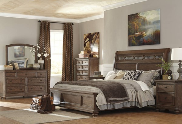 Maeleen Traditional Medium Brown Wood Master Bedroom Set MAELEEN-BR