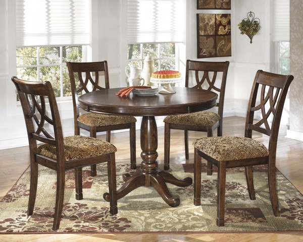 Leahlyn Medium Brown Wood 5pc Dining Room Set D436-DR-S