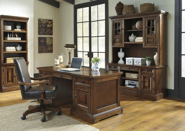 Gaylon Traditional Classics Brown Home Office Furniture Set H704-HO-OFF