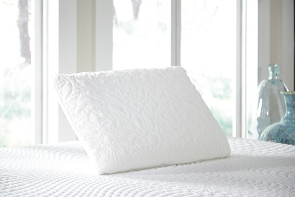Ashley Traditional Classics White Queen Latex Pillow M82502P