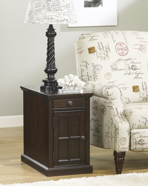 Ashley Furniture Laflorn Dark Brown Chair Side Table T127-668