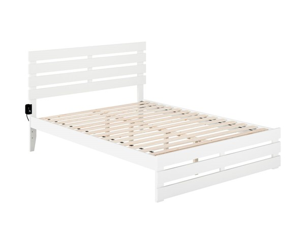 Atlantic Furniture Oxford White Queen Platform Bed with Footboard and USB Turbo Charger AG8360042