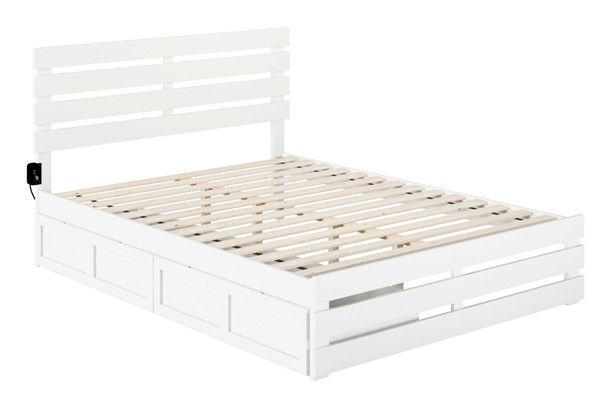 Atlantic Furniture Oxford White Footboard and USB Turbo Charger Queen Bed with Two XL Drawers AG8363442