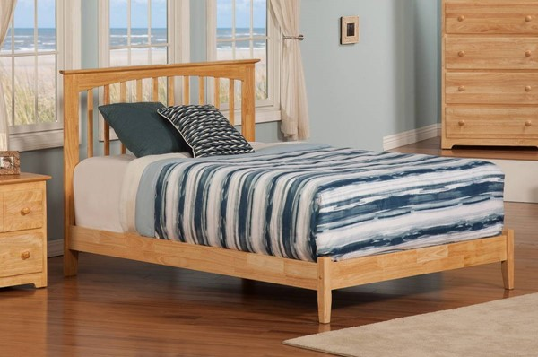 Atlantic Furniture Brooklyn Natural Maple Full Platform Bed with Open Foot Rail AP9031005