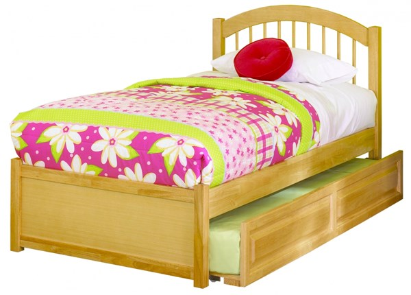 Windsor Maple Flat Panel Footboard & Raised Panel Trundle Twin Bed AP9422015