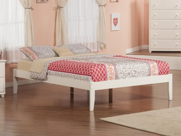 Atlantic Furniture Concord White King Platform Bed with Open Footboard AR8051002