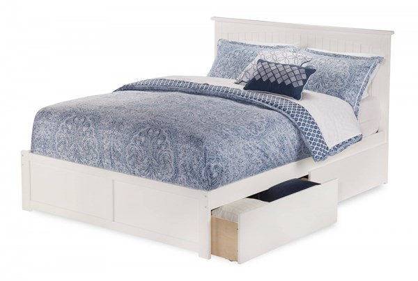 Nantucket White Wood Flat Panel Footboard & Urban Drawers Queen Bed AR8242112