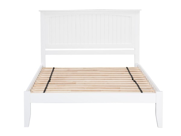Atlantic Furniture Nantucket White King Platform Bed with Open Footboard AR8251002