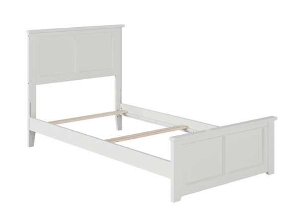 Atlantic Furniture Madison White Twin Bed with Matching Foot Board AR8626032