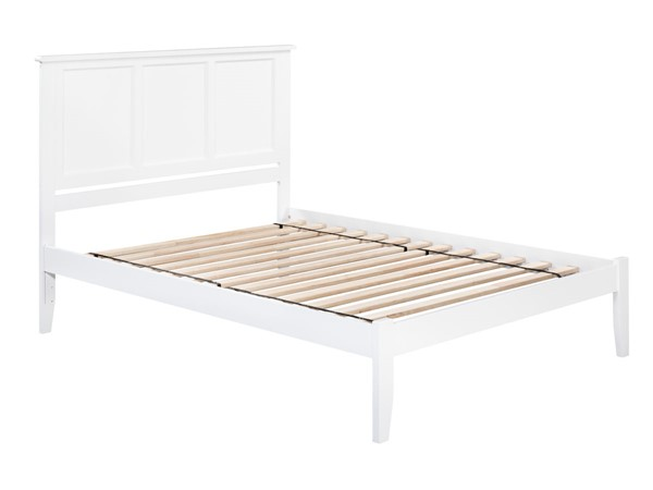 Atlantic Furniture Madison White Open Foot Board Queen Platform Bed AR8641002