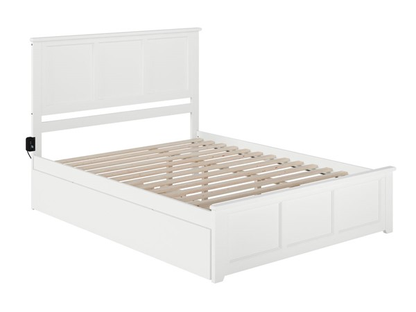 Atlantic Furniture Madison White Queen Bed with Matching Footboard and Twin XL Trundle AR8646042